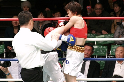 富樫直美 vs ソン・チョロン