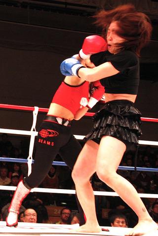 MIO vs 大島椿