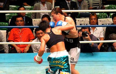四ヶ所麻美 vs チャン・ユジン