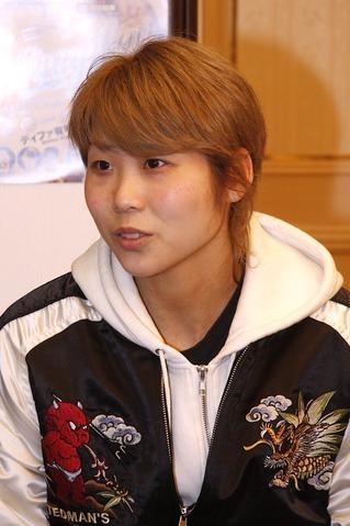 AZUMA選手01