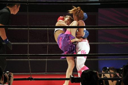 富田美里 vs 岡田円