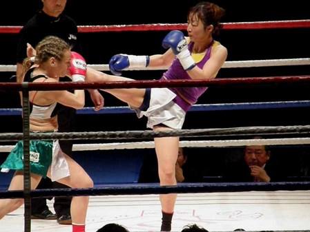 シルビア・ラ・ノット vs 安倍基江