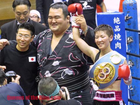 琴奨菊関と柴田直子選手