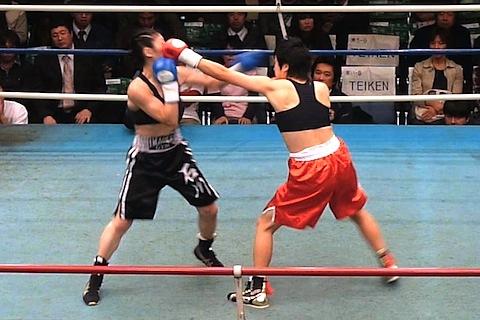 石川範子 vs カイ・ジョンソン
