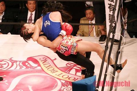 神風莉央 vs 聖☆羅