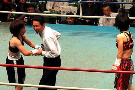 伊藤まみ vs 黒田陽子