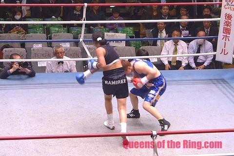 藤岡奈穂子 vs マリベル・ラミレス