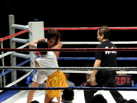 ヌシアン・ポー.プラムック vs 神村江里加