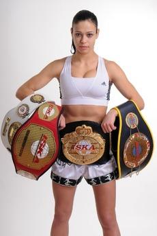 レナ・オブチニコバ選手
