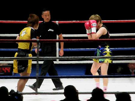 田中佑季 vs へオ・ソンボク
