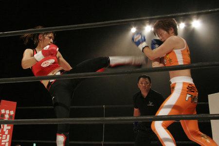 レーナ vs 石岡沙織