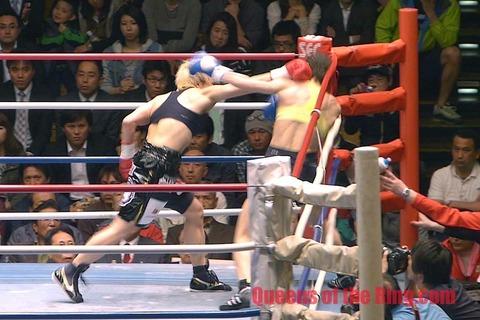 山口直子 vs ピアッツァ