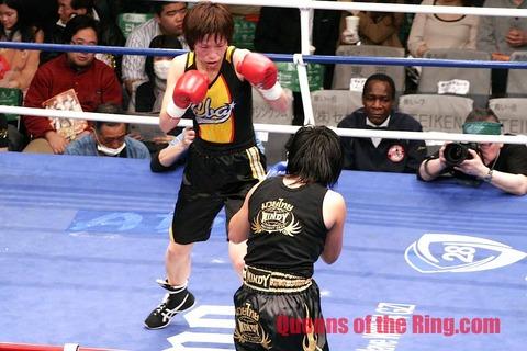 江畑佳代子 vs ヨクファー・シットクルシン