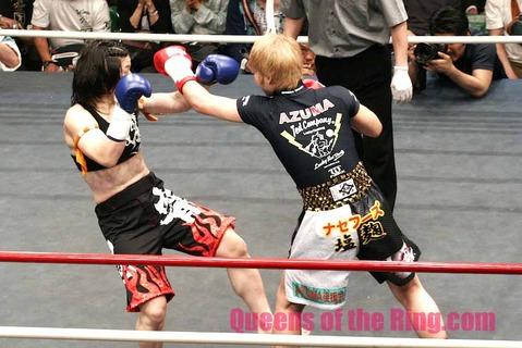AZUMA vs 佐々木仁子