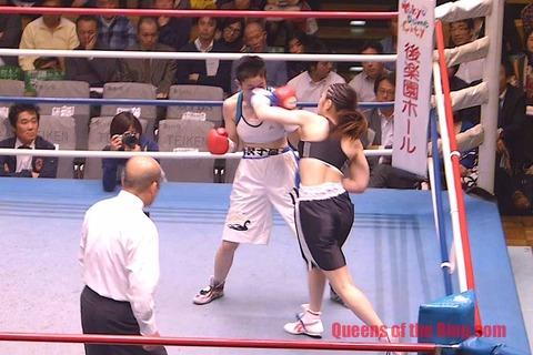 黒木優子 vs 小田美佳