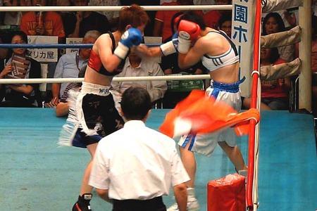 柴田直子 vs 小田美佳